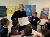 0visita escola espanyola obertura de noticia