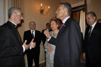 Mons Vives i el president Anibal Cavaco Silva parlen al Palau Epsicopal