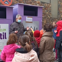 La Escuela andorrana de Sant Julià visita Cáritas