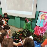 Festa de Maria Auxiliadora amb els alumnes de primària del Col·legi St. Ermengol